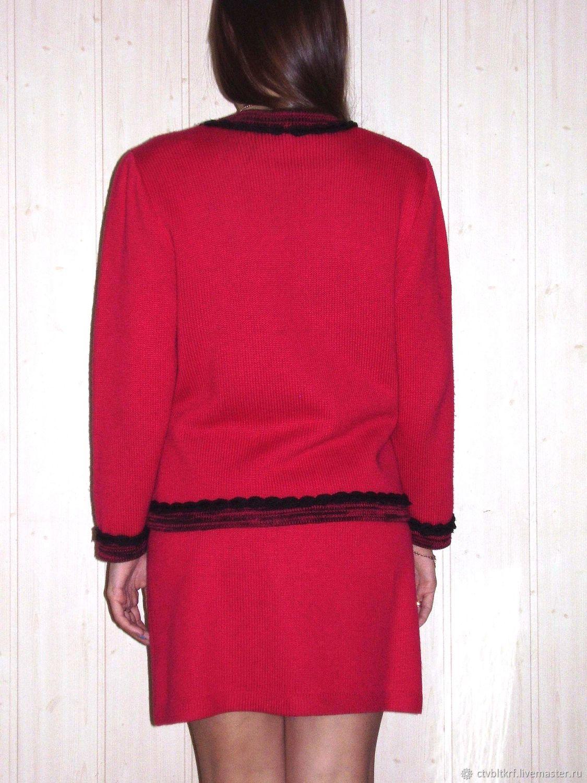74f7c65b061a Чернышёва Римма. Авторское · Костюмы ручной работы. Заказать Вязаный костюм   Малинка-шанель . Чернышёва Римма.