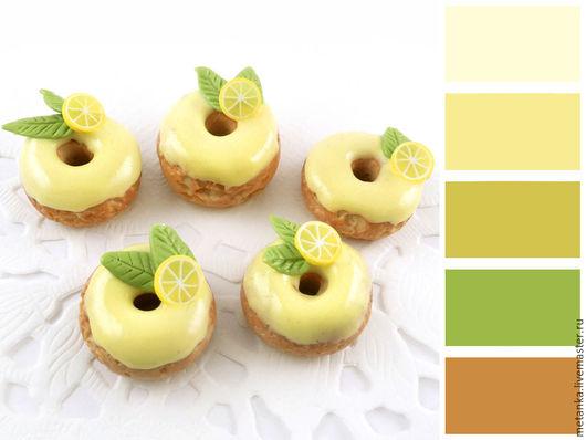 Еда ручной работы. Ярмарка Мастеров - ручная работа. Купить Лимонные пончики, кулинарная миниатюра из полимерной глины 1:6. Handmade.