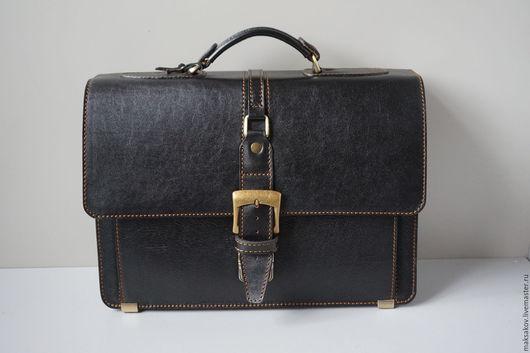 Мужские сумки ручной работы. Ярмарка Мастеров - ручная работа. Купить Портфель из мягкой толстой кожи. Handmade. Черный