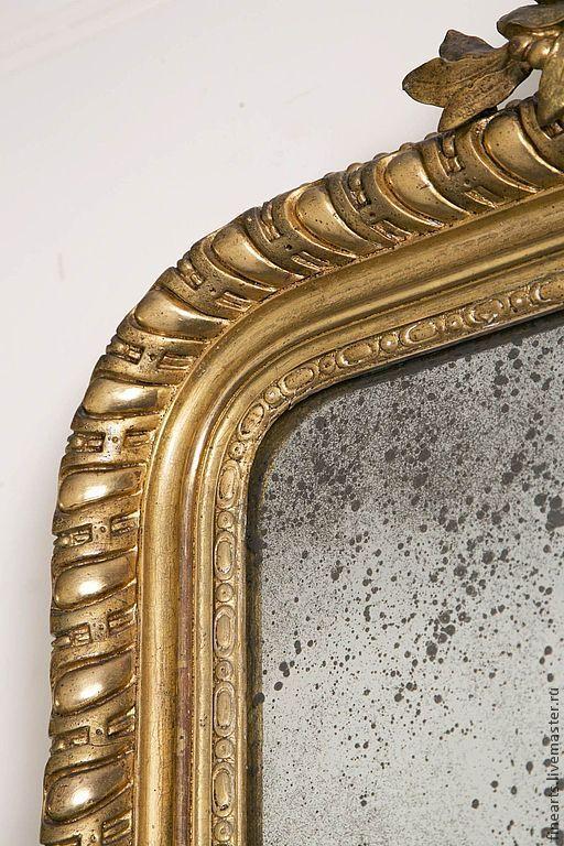Варианты рам, как и видов состаривания зеркал, которые мы можем предложить вам  поистине огромны , более 700 видов, в разных стилях, оттенках, варианте обработки