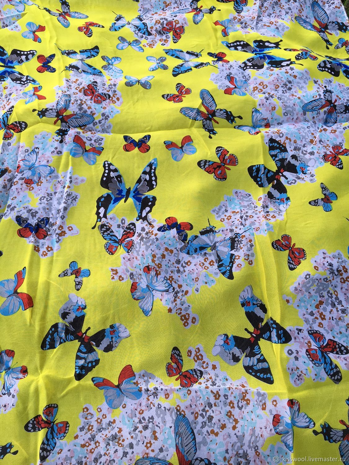 Butterfly silk stole on yellow, Fabric, Berdsk,  Фото №1