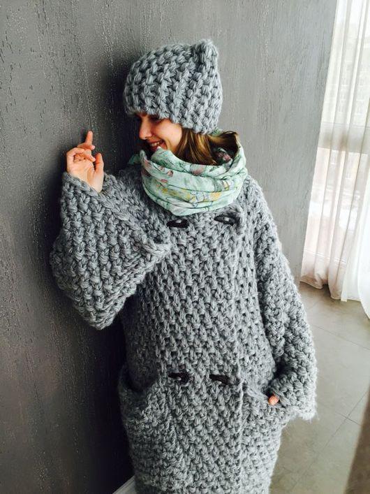 Верхняя одежда ручной работы. Ярмарка Мастеров - ручная работа. Купить Объемное вязаное пальто с крупными карманами. Handmade. Однотонный