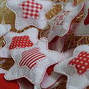 Елочные игрушки ручной работы. Ярмарка Мастеров - ручная работа звезды. красно-белые украшения на елку.. Handmade.