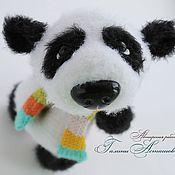 Куклы и игрушки ручной работы. Ярмарка Мастеров - ручная работа вязаная игрушка Панда-улыбашка. Handmade.