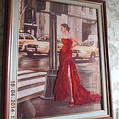 """Картины и панно ручной работы. Ярмарка Мастеров - ручная работа """"Девушка в красном"""" Картина бисером. Handmade."""