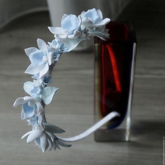 Диадемы, обручи ручной работы. Ярмарка Мастеров - ручная работа. Купить Ободок (обруч) с орхидеями из полимерной глины. Handmade. Голубой
