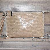 Клатчи ручной работы. Ярмарка Мастеров - ручная работа Клатч из натуральной кожи - ла ковая. Handmade.