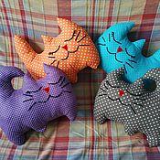 Подушки ручной работы. Ярмарка Мастеров - ручная работа Подушка - котик. Handmade.