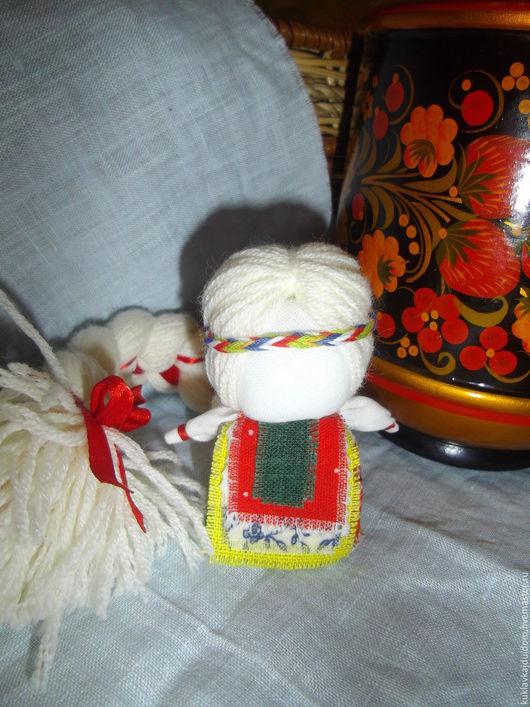 Народные куклы ручной работы. Ярмарка Мастеров - ручная работа. Купить Обережная Кукла На счастье. Handmade. Красный