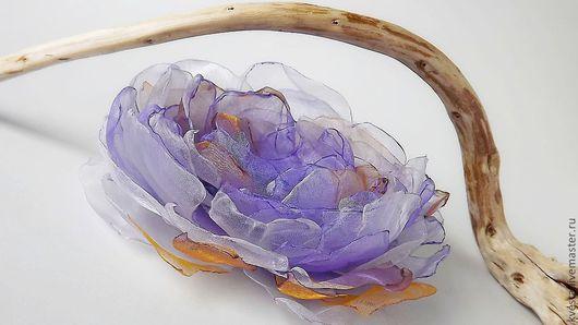 """Броши ручной работы. Ярмарка Мастеров - ручная работа. Купить Текстильная брошь - цветок из органзы """"Фиолетовая дымка."""". Handmade."""