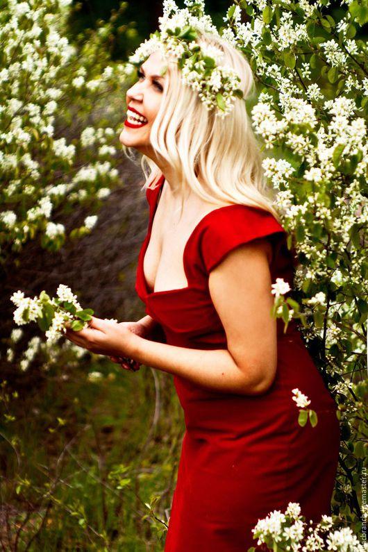 """Платья ручной работы. Ярмарка Мастеров - ручная работа. Купить Платье """"Красный Бархат"""". Handmade. Ярко-красный, вечернее платье"""