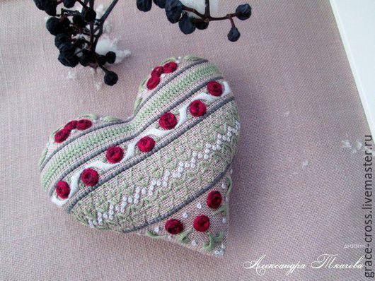 Подарки для влюбленных ручной работы. Ярмарка Мастеров - ручная работа. Купить Цветочное сердце. Handmade. Сердце, сердечко, декоративные швы