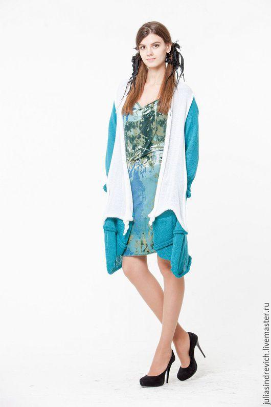 BB_019 Кардиган, цвет св.изумруд с белым «шарфом», с карманами, 50% мериносовая шерсть, 50% акрил.