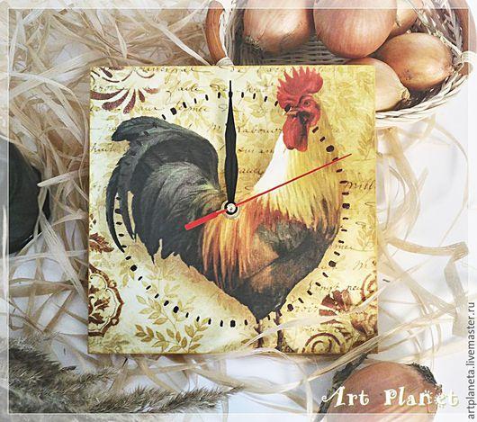 """Часы для дома ручной работы. Ярмарка Мастеров - ручная работа. Купить Часы настенные """"Петушок Петя"""" в стиле Кантри символ 2017г.. Handmade."""