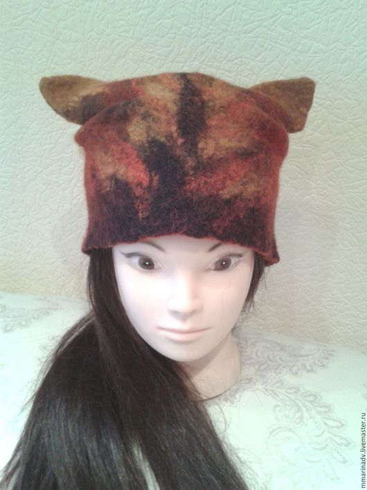 Валяная шапка `Ушастик`, авторская работа Марины Маховской.