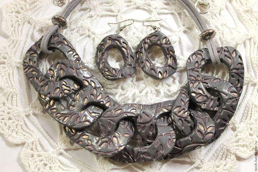 """Колье, бусы ручной работы. Ярмарка Мастеров - ручная работа. Купить Колье-цепь и серьги из полимерной глины """"Серебряные ветви"""". Handmade."""