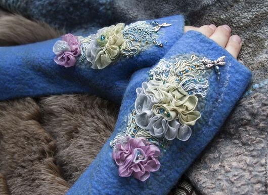 """Варежки, митенки, перчатки ручной работы. Ярмарка Мастеров - ручная работа. Купить Валяные митенки длинные """"Модные цветы"""". Handmade."""