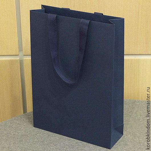 Упаковка ручной работы. Ярмарка Мастеров - ручная работа. Купить Бумажный пакет 25х35х8 темно-синий с ручками из лент. Handmade.