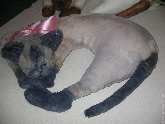 Текстиль, ковры ручной работы. Ярмарка Мастеров - ручная работа. Купить подушка кошка Сиамка. Handmade. Дизайнерская работа, автоподушка