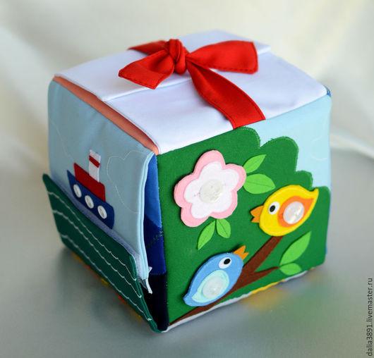 Кубик `Застёжки`