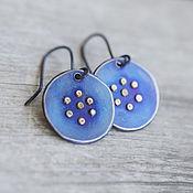 Украшения ручной работы. Ярмарка Мастеров - ручная работа синие титановые серьги с цветочками. Handmade.