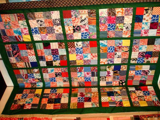 """Текстиль, ковры ручной работы. Ярмарка Мастеров - ручная работа. Купить Лоскутное покрывало """"Одеяло моей бабушки"""". Handmade."""
