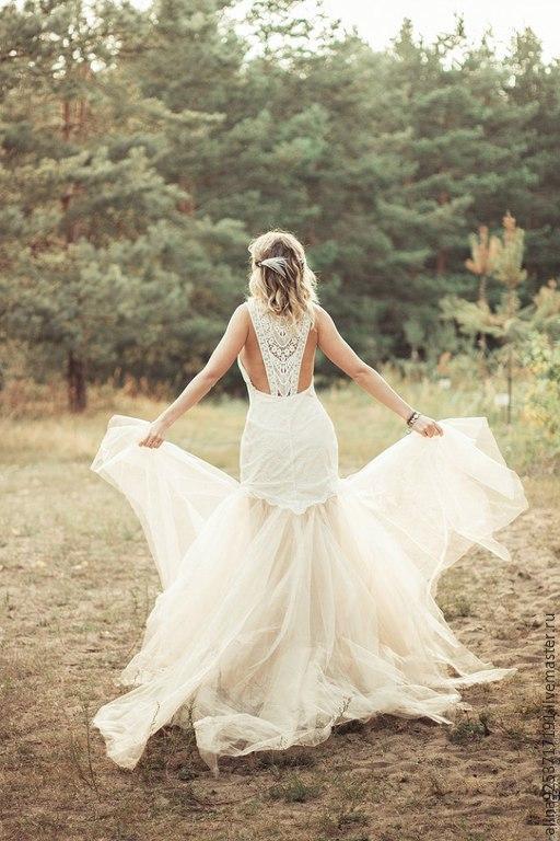 Одежда и аксессуары ручной работы. Ярмарка Мастеров - ручная работа. Купить кружевное свадебное платье с открытой спиной. Handmade. Бежевый