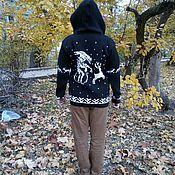 """Одежда ручной работы. Ярмарка Мастеров - ручная работа Кофта """"Чужой и олень"""" на молнии с капюшоном. Handmade."""