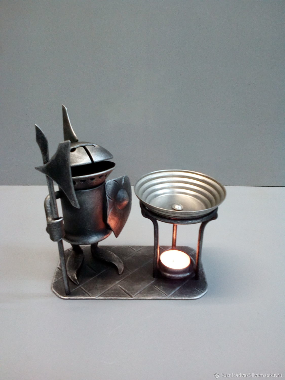 Кованая аромалампа «Рыцарь у жертвенника чувств», Аромалампа, Москва,  Фото №1
