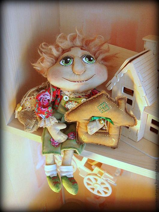 Человечки ручной работы. Ярмарка Мастеров - ручная работа. Купить Домовой с домиком. Handmade. Домовой, кукла текстильная, красная рубашка