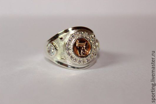 Печатка/перстень/кольцо из серебра с изображением чемпионского пояса