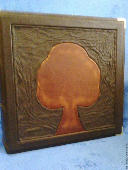 Персональные подарки ручной работы. Ярмарка Мастеров - ручная работа. Купить книга  в кожаном переплете-- Фотоальбом ( большой ). Handmade.