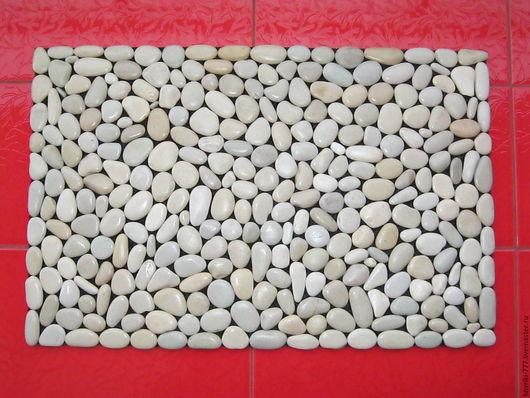 Каменный коврик ручной работы. Размер 70*45 см. Цена 5000 руб.