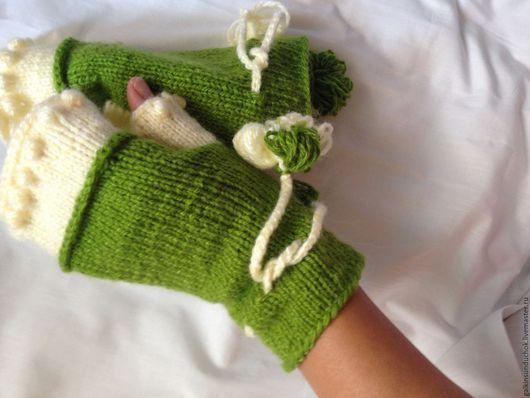 Варежки, митенки, перчатки ручной работы. Ярмарка Мастеров - ручная работа. Купить Митенки  Яблоко бохо, шебби. Handmade. Зеленый