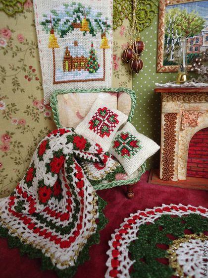 """Кукольный дом ручной работы. Ярмарка Мастеров - ручная работа. Купить Вязаный комплект """"Рождество"""" в кукольный дом. Handmade."""