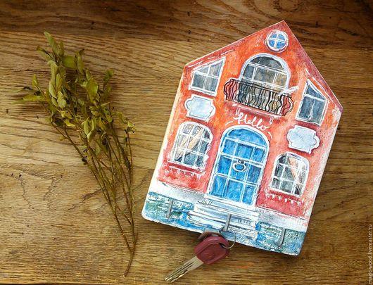 Прихожая ручной работы. Ярмарка Мастеров - ручная работа. Купить Ключница. Handmade. Комбинированный, домик, подарок, в интерьер, прихожая, дерево