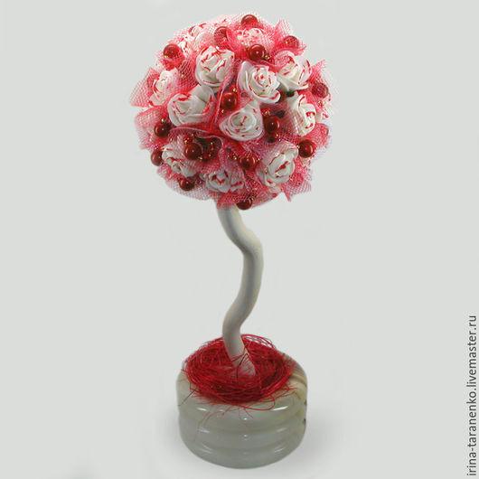 Дерево из коралла `Коралловый подарок` в вазочке из оникса