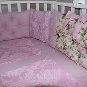 Бортики в кроватку ручной работы. Ярмарка Мастеров - ручная работа Комплект в кроватку. Handmade.