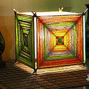 Настольные лампы ручной работы. Ярмарка Мастеров - ручная работа Оригинальный светильник из квадратных плетеных мандал. Handmade.