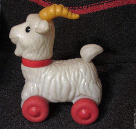 Винтажные куклы и игрушки. Ярмарка Мастеров - ручная работа. Купить Коза рогатая... - пластмассовая игрушка из СССР. Handmade. Белый, козлик