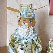 Куклы и игрушки ручной работы. Ярмарка Мастеров - ручная работа Интерьерная кукла Кролик Люсьен. Handmade.