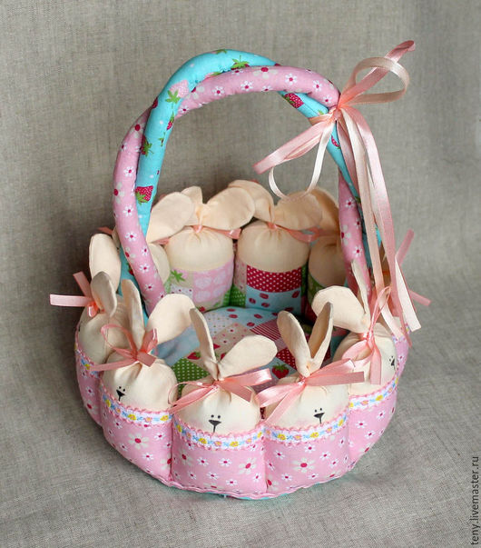 Подарки на Пасху ручной работы. Ярмарка Мастеров - ручная работа. Купить Пасхальная корзинка с зайцами. Handmade. Розовый, пасхальный сувенир