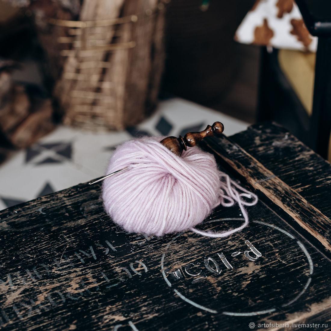 1,3 mm iron crochet hook with wooden handle (cedar) K219, Crochet Hooks, Novokuznetsk,  Фото №1