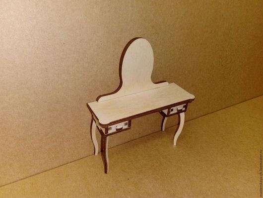 Туалетный столик в масштабе 1:12