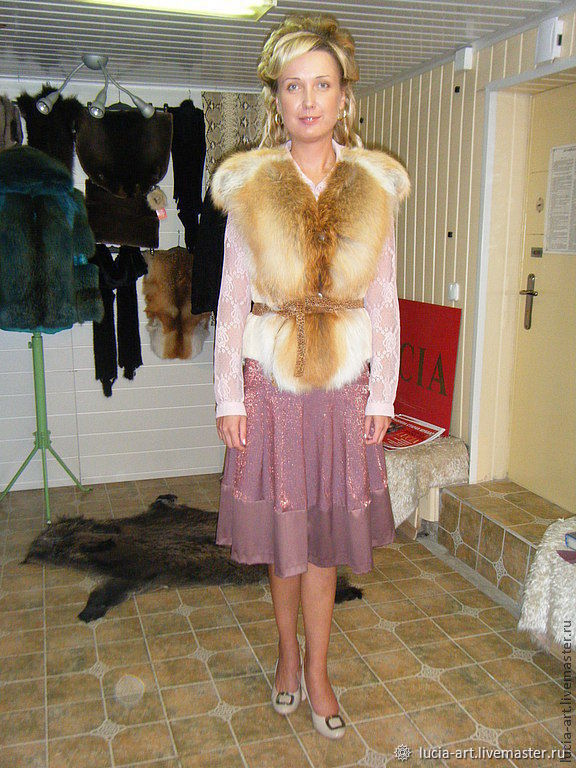 vest Fox fur with sheared beaver, Vests, Moscow,  Фото №1