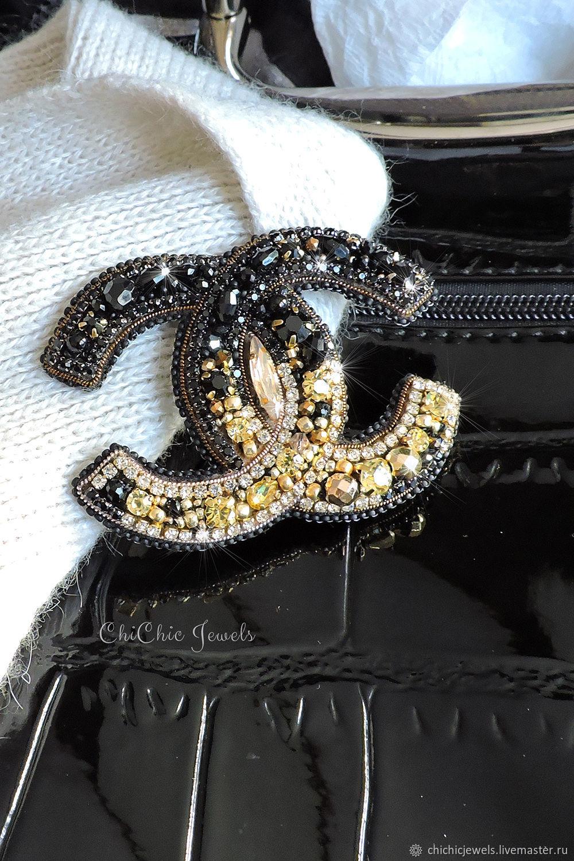 CC brooch embroidered brooch Брошь Шанель для женщины, брошь подарок – заказать на Ярмарке Мастеров – L1EG0RU | Брошь-булавка, Находка