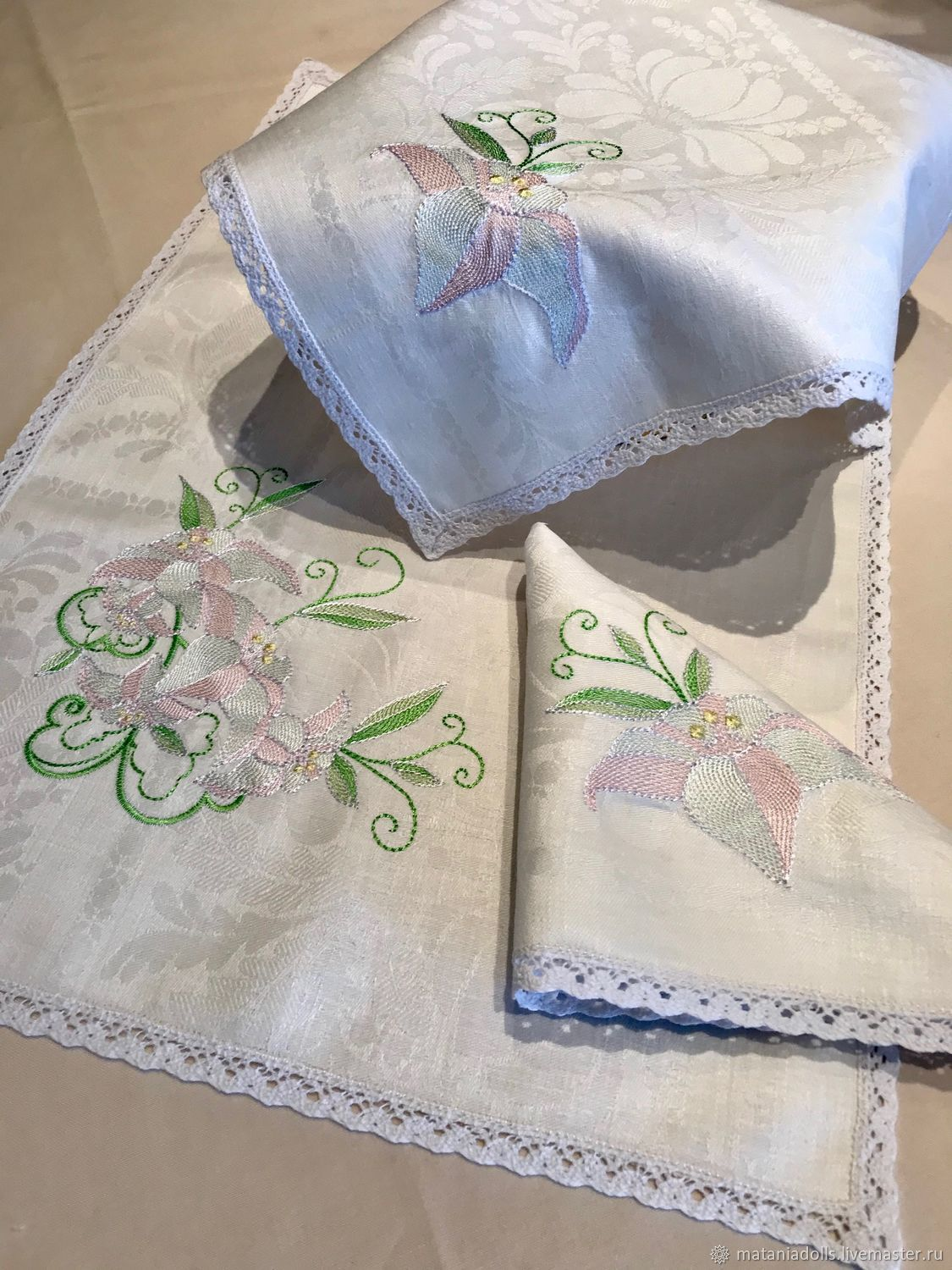 Set of cotton with embroidery ' Lilies', Swipe, Liepaja,  Фото №1