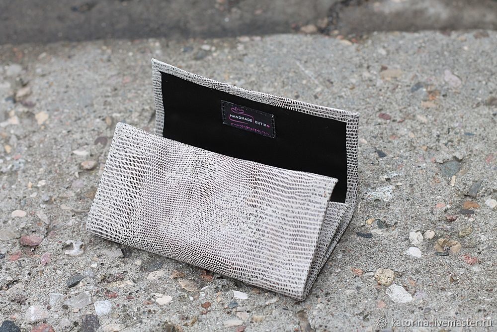 A pouch for tobacco Grey leather under the reptile. Different colors, Beauticians, Moscow,  Фото №1