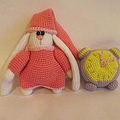 Куклы и игрушки ручной работы. Ярмарка Мастеров - ручная работа Зайка с будильником. Handmade.