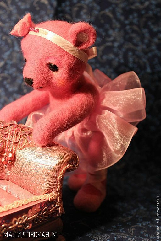 Игрушки животные, ручной работы. Ярмарка Мастеров - ручная работа. Купить Розовый медвежонок-балерина из шерсти. Handmade. Фуксия, медвежонок